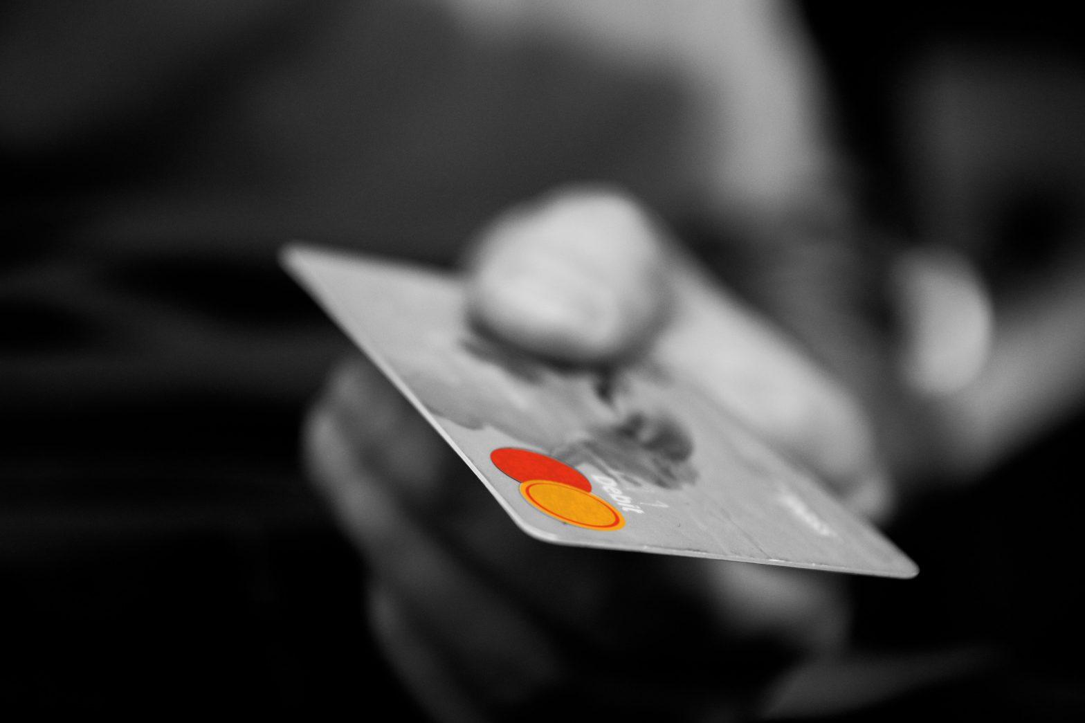 一天通知存款利息_账户突然多了大笔存款,是天降横财还是飞来横祸? | Lisas Law ...