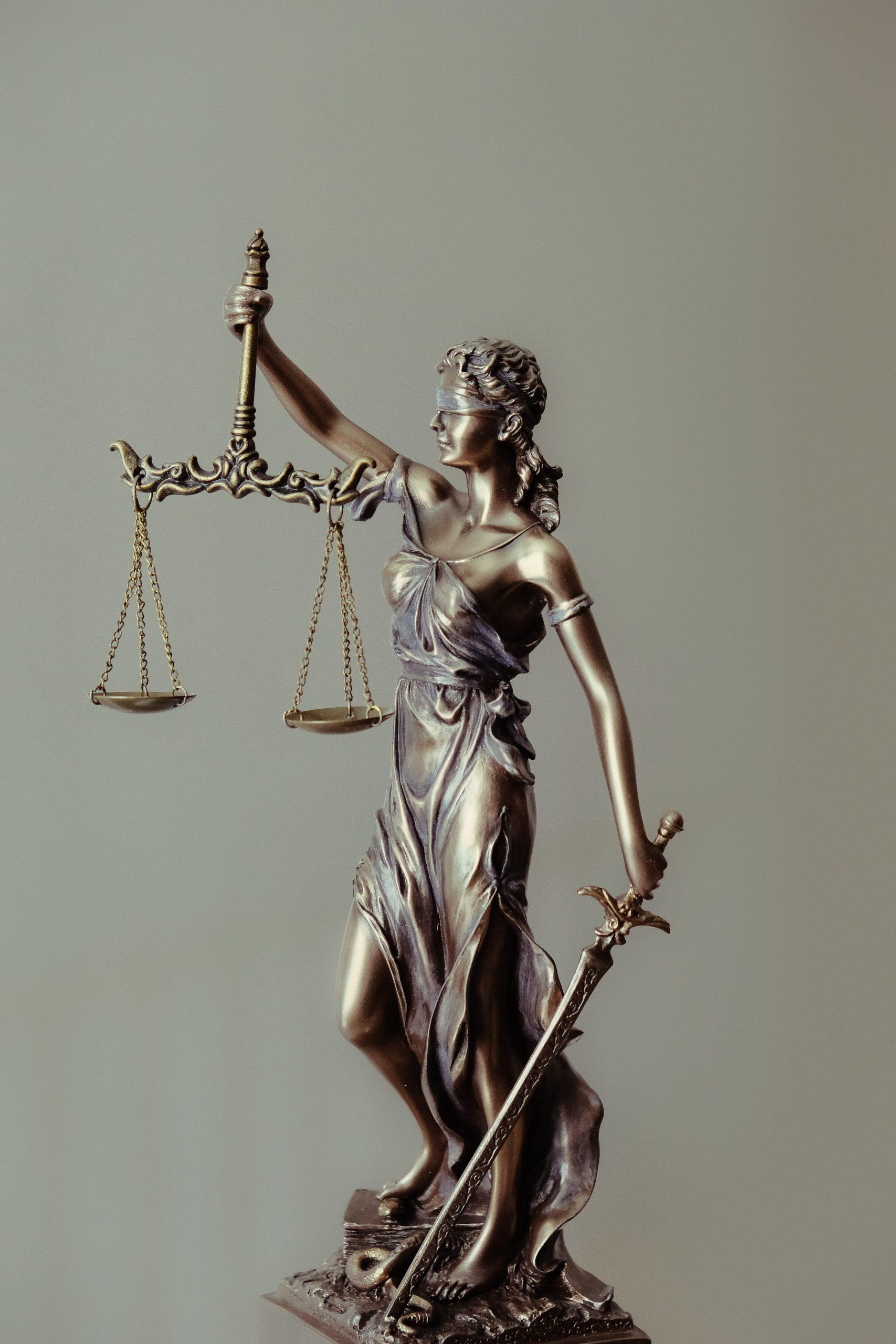 https://lisaslaw.co.uk/wp-content/uploads/2019/09/tingey-injury-law-firm-L4YGuSg0fxs-unsplash-scaled.jpg