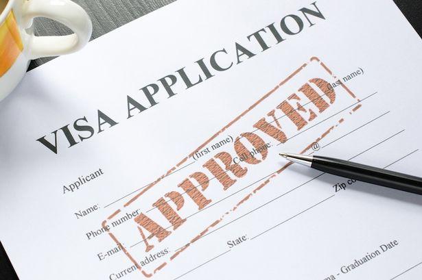 https://lisaslaw.co.uk/wp-content/uploads/2020/07/visa-application.jpg
