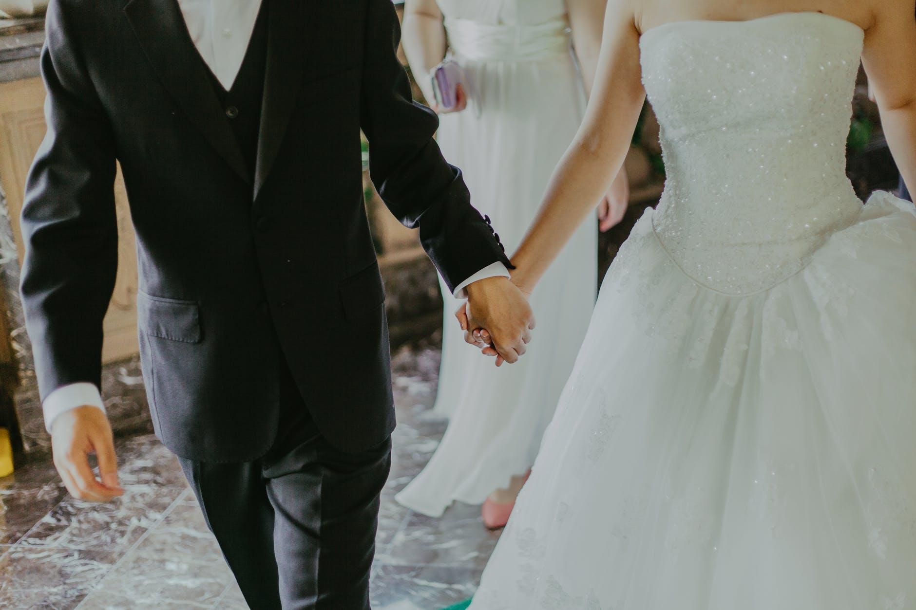 https://lisaslaw.co.uk/wp-content/uploads/2020/09/weddingnew.jpeg