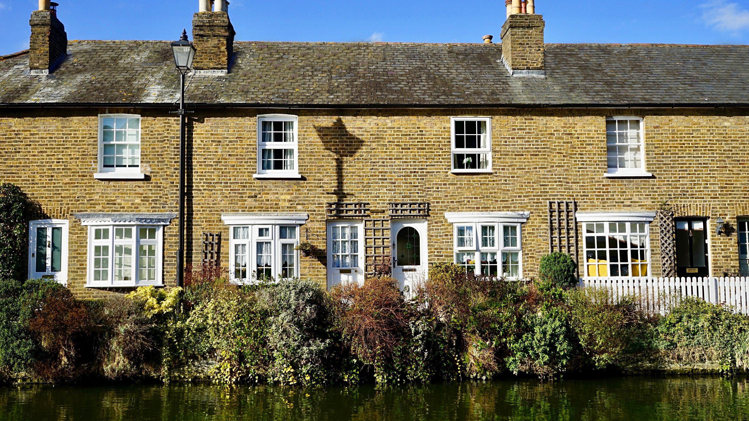 https://lisaslaw.co.uk/wp-content/uploads/2020/09/yellow-and-white-bricked-house-982559-scaled.jpg
