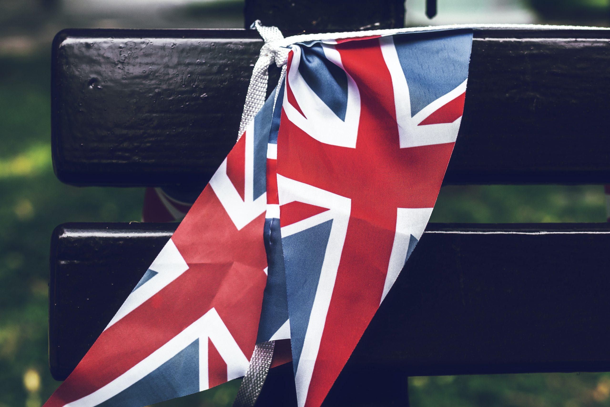 因新冠离境英国超过两年,如何免费拿回永居身份?