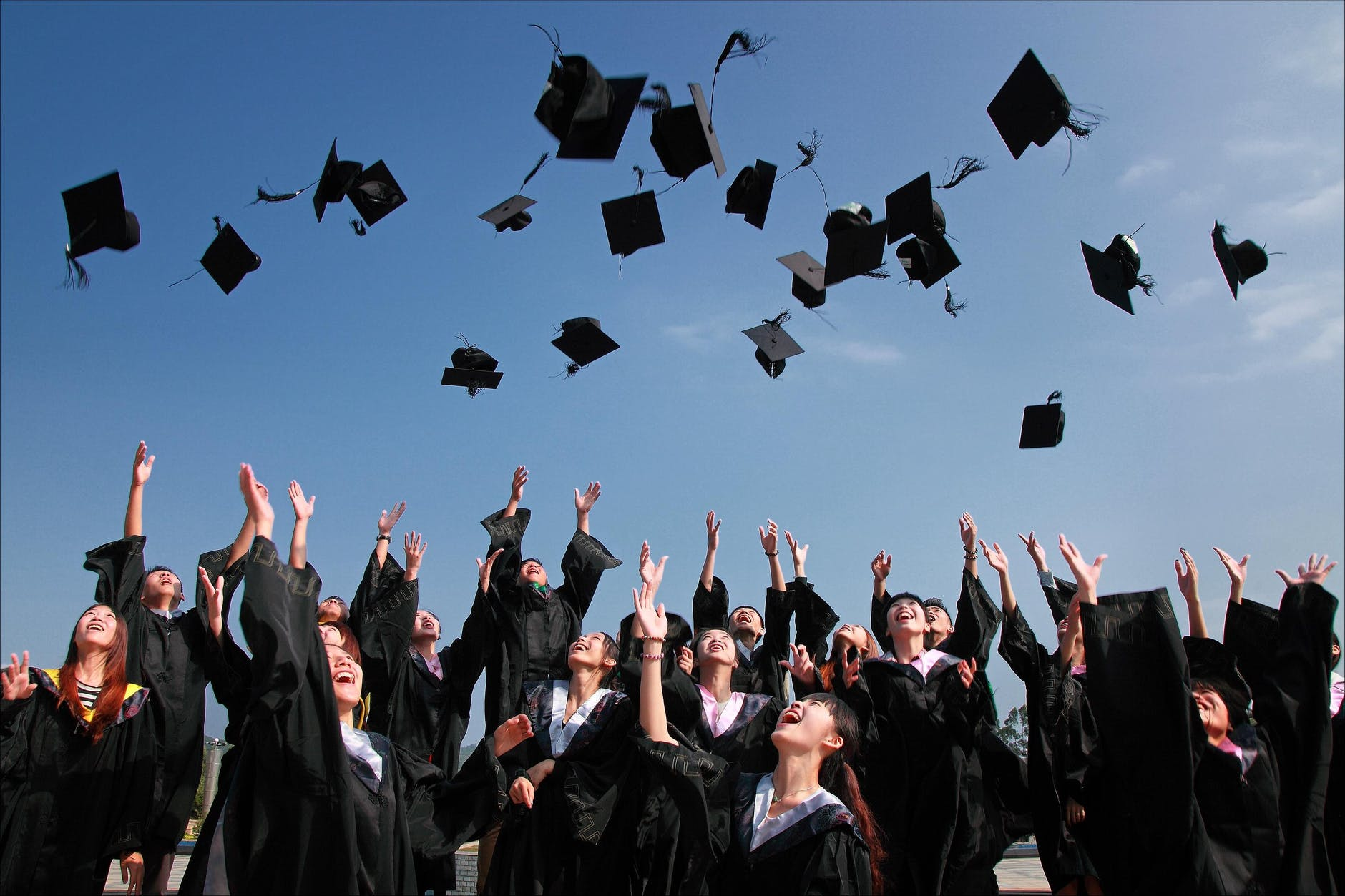 https://lisaslaw.co.uk/wp-content/uploads/2021/03/graduations.jpeg